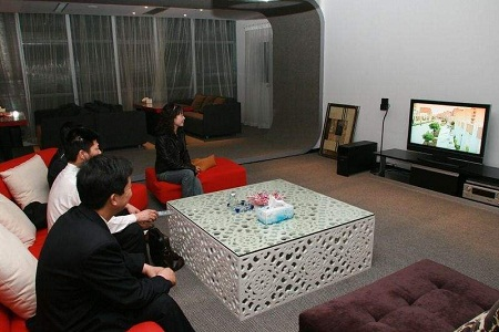 看电视每天赚60元不止!能日赚300的看电视赚钱软件